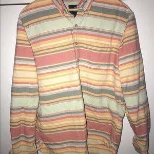 American Eagle Outfitters Shirts - Men's American Eagle Large Shirt Aztec colors